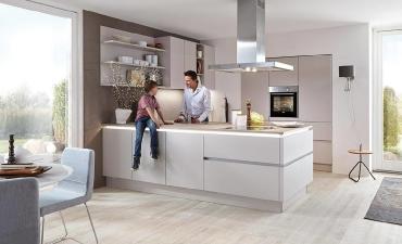 Grifflose Küchen mit einem Hauch Eleganz_2
